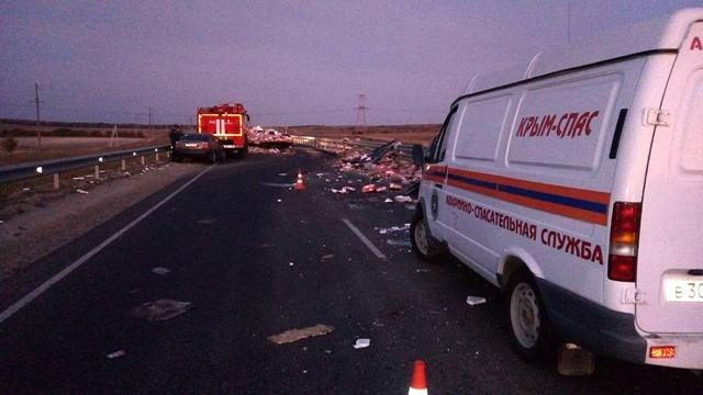 """Смертельное ДТП на трассе """"Таврида"""": погибли 2 человека, трое - травмированы"""
